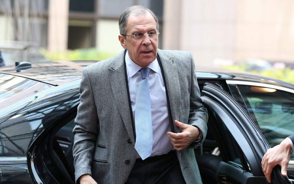 Lavrov anullon vizitën në Athinë