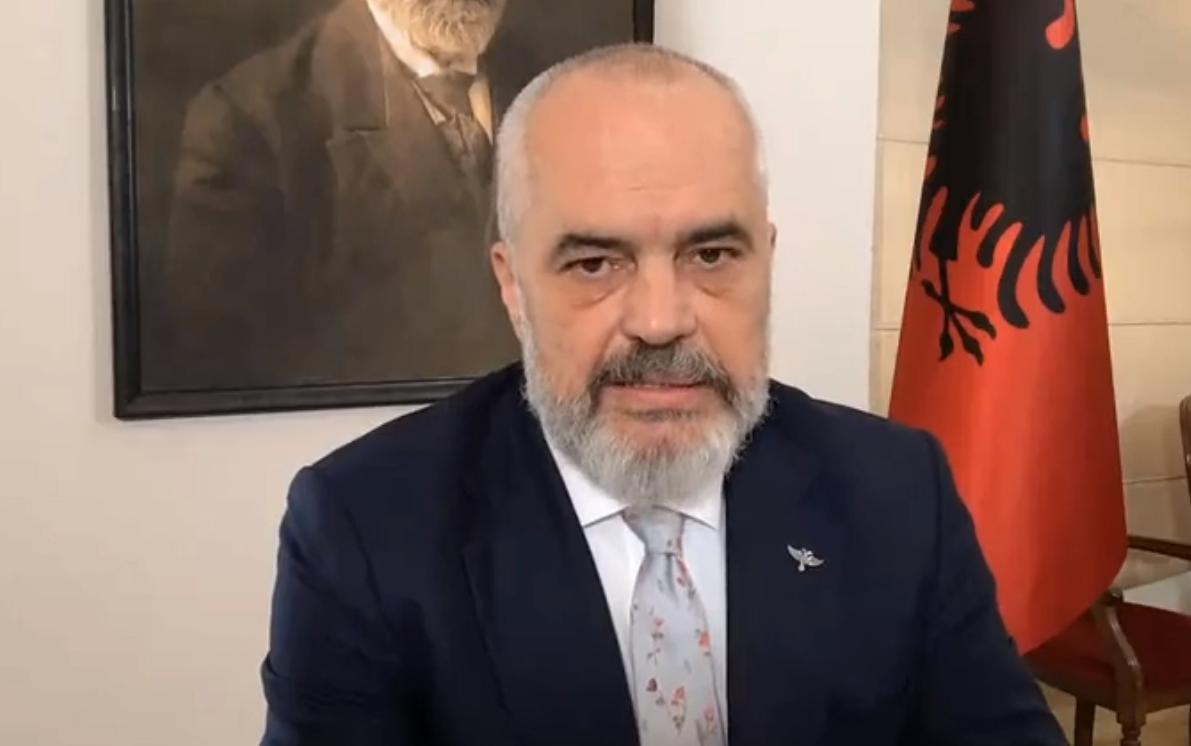 Hap kufirin për jorezidentët dhe akuzon Sali Berishën se do të shkatërrojë Shqipërinë